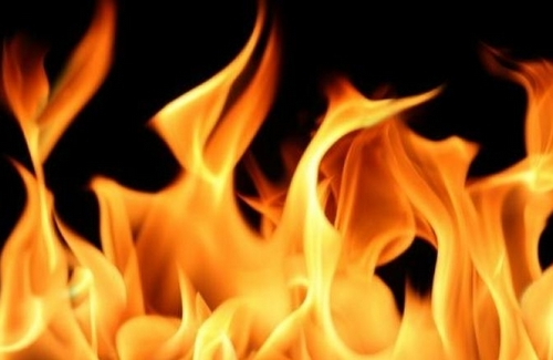 Two 23-year-old Kurdish women from Diwandara and Sardasht set themselves on fire