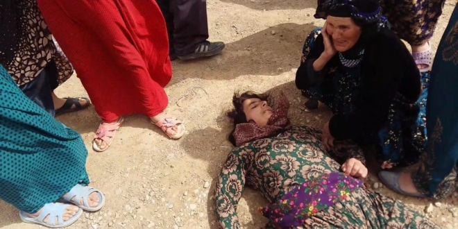 Iranian military forces attacked Kurdish women in Tekab